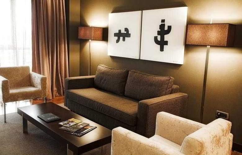 Zenit Pamplona - Hotel - 9