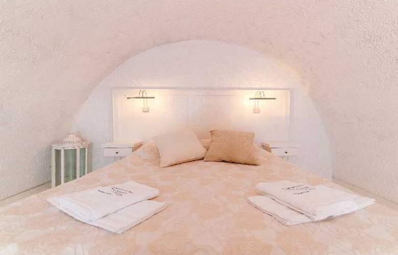 Artemis Suites - Room - 6