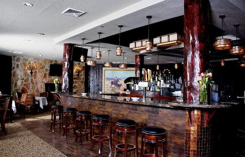 Civana Carefree Resort - Bar - 22