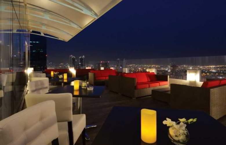Swiss Belhotel Seef Bahrain - Terrace - 5