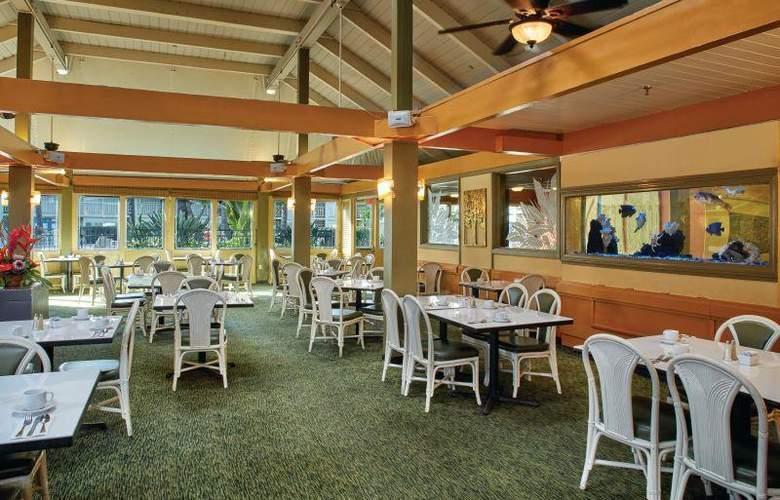 Best Western The Plaza Hotel - Restaurant - 73