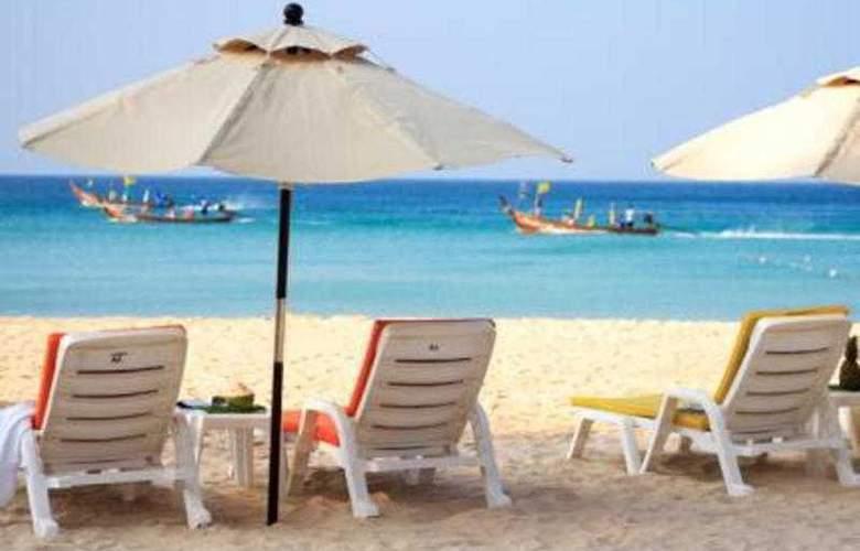 Alpina Phuket Nalina Resort & Spa - Terrace - 13