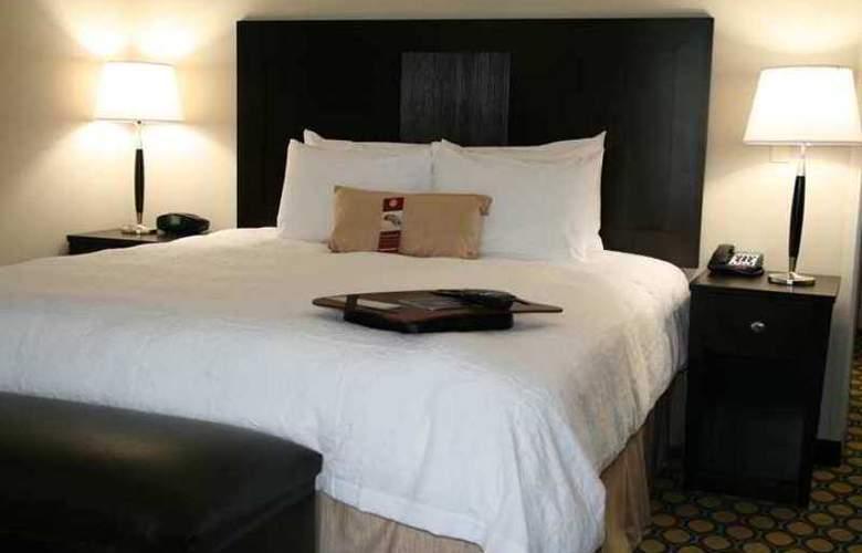 Hampton Inn North Brunswick/New Brunswick - Hotel - 2