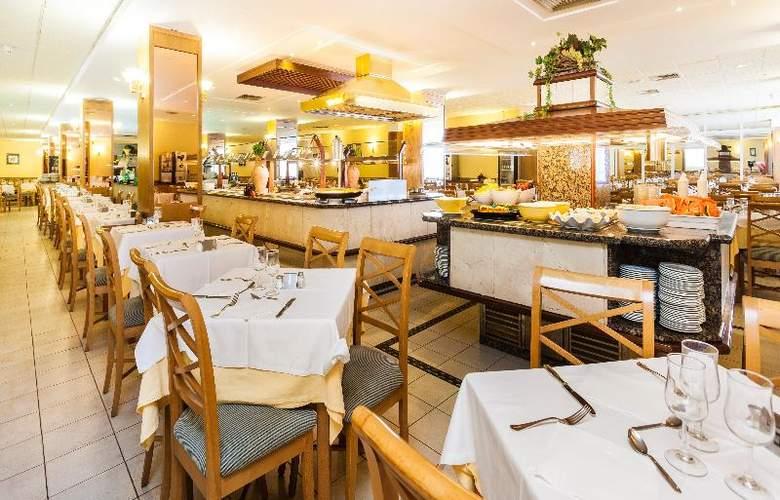 Pionero Santa Ponsa Park - Restaurant - 42