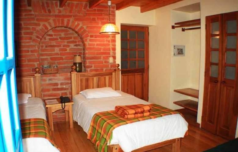 Vieja Cuba Quito - Room - 9