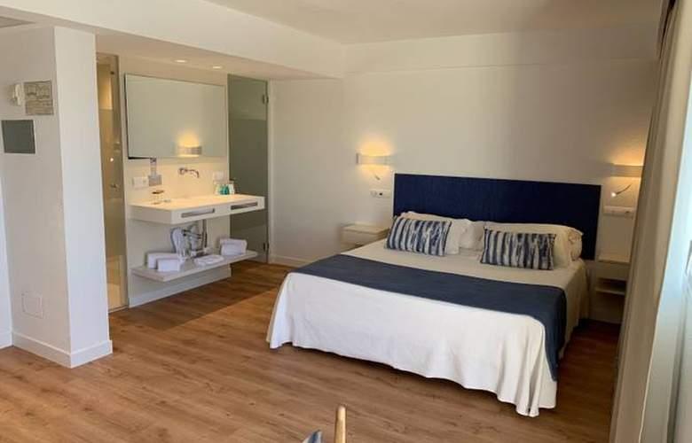 Blau Punta Reina Junior Suites Resort - Room - 8