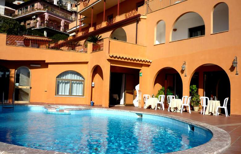 Andromaco - Hotel - 0