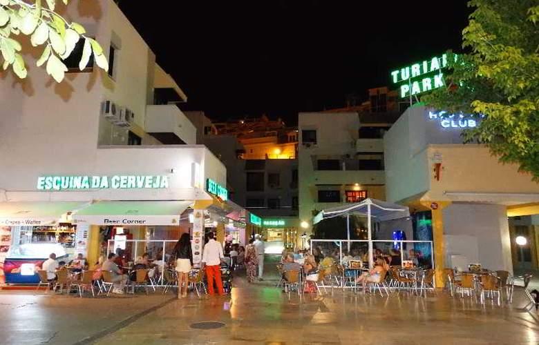 Turial Park - Bar - 22