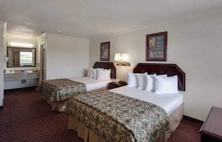 Best Western Garden Inn - Hotel - 9