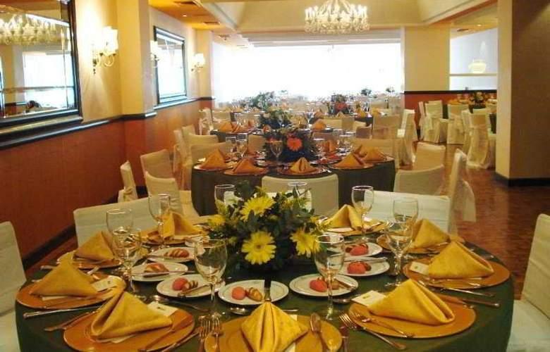 Plaza Sao Rafael Hotel e Centro de Eventos - Restaurant - 16