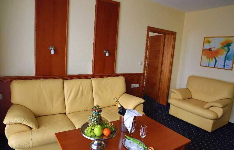Primavera Hotel & Congress Centre - Room - 9