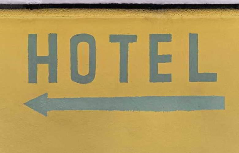 Old Town Hotel Greifswalder Strasse - Hotel - 2