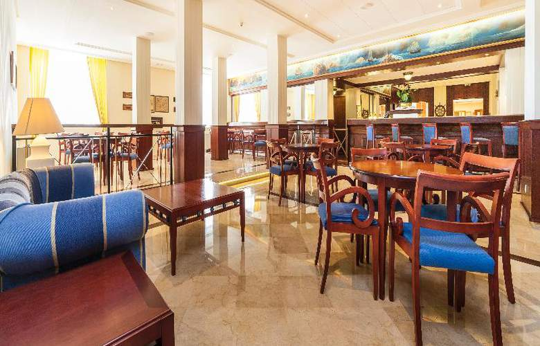 Globales Club Almirante Farragut - Bar - 41