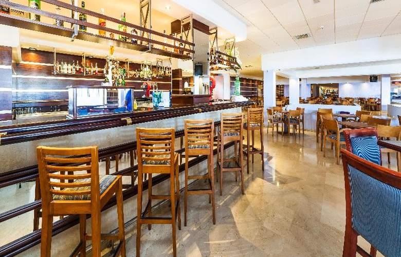 Globales Club Almirante Farragut - Bar - 37