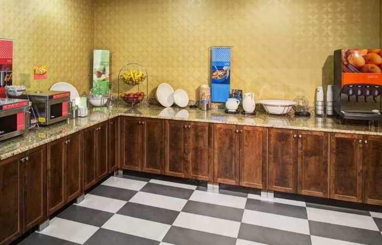 Hampton Inn & Suites Charlotte-Arrowood Rd. - Hotel - 7
