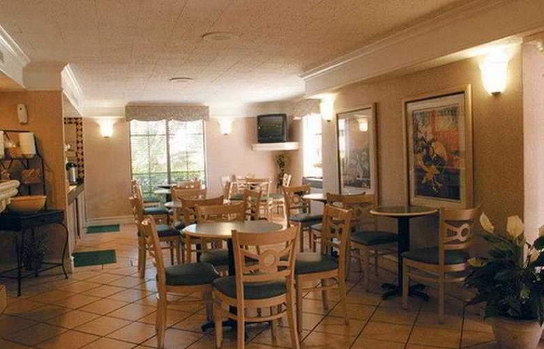 La Quinta Inn North Charleston - Restaurant - 4