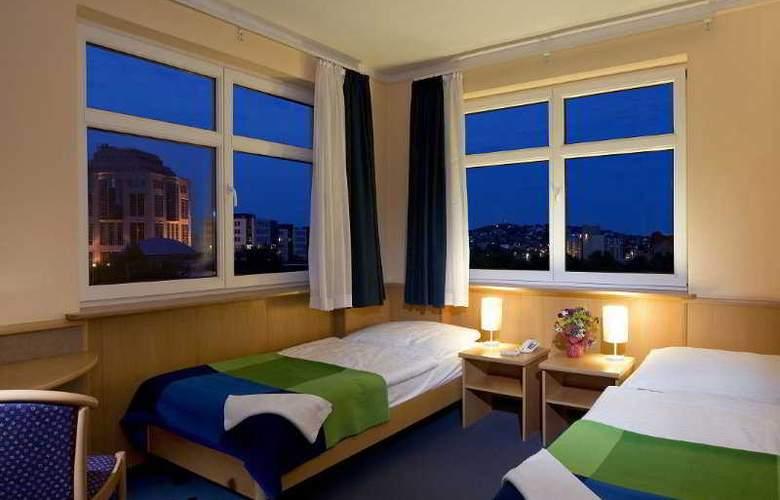 Jagello Hotel - Room - 4