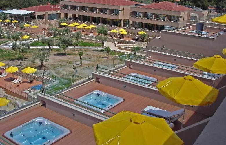 Royal Paradise Beach Resort & Spa - Room - 0