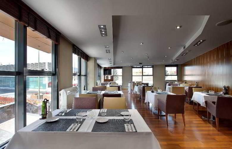 Exe Plaza - Restaurant - 34