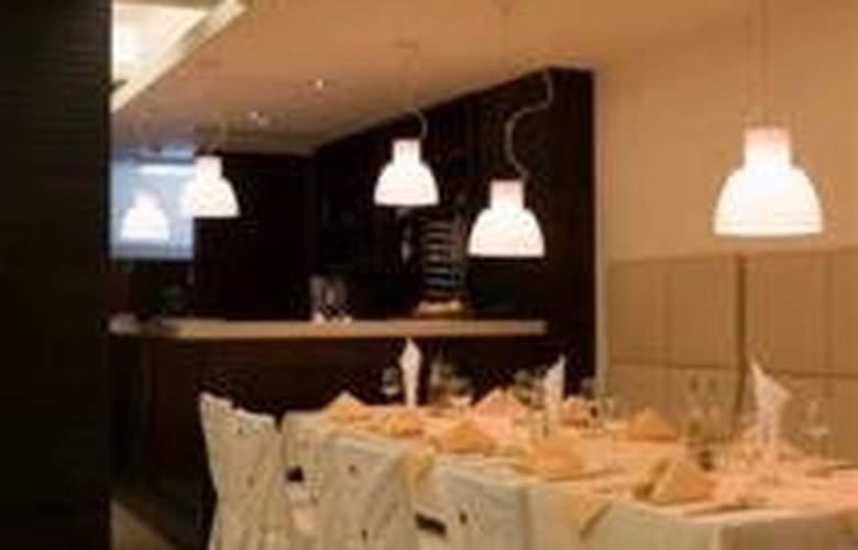 Bellevue Residence - Restaurant - 8