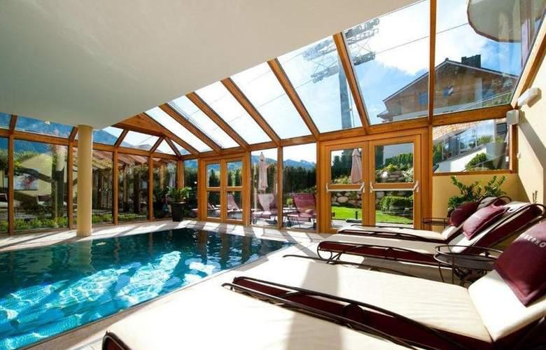 Best Western Premier Kaiserhof Kitzbühel - Pool - 26