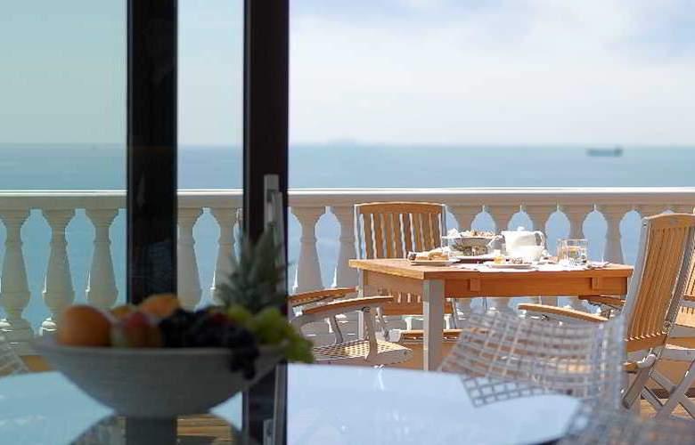 Livorno Grand Hotel Palazzo - Terrace - 33