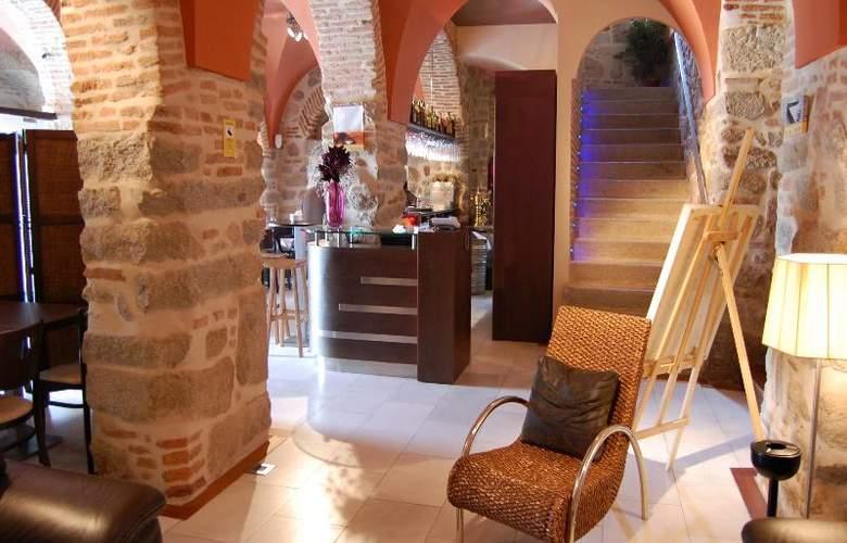 Los Usias Hotel - General - 10