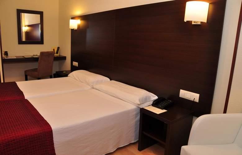 Santiago Apostol - Room - 2