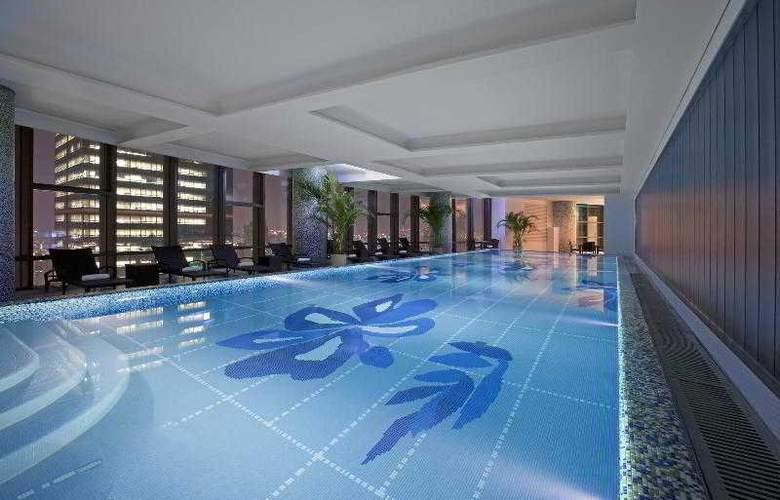 Sheraton Seoul D Cube City Hotel - Pool - 71