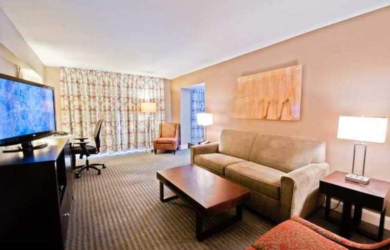 DoubleTree by Hilton Brownstone-University - Hotel - 4