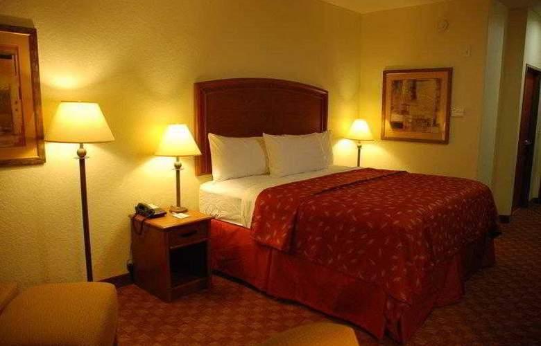 Best Western Plus San Antonio East Inn & Suites - Hotel - 19