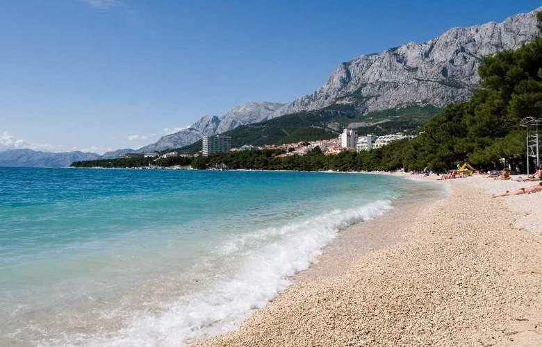 Park Makarska - Beach - 3