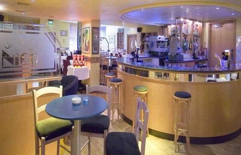 Crowne Plaza London Heathrow - Bar - 4