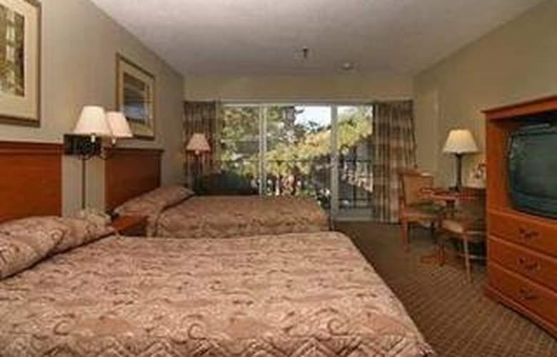 Clarion Hotel Mansion Inn - Room - 1