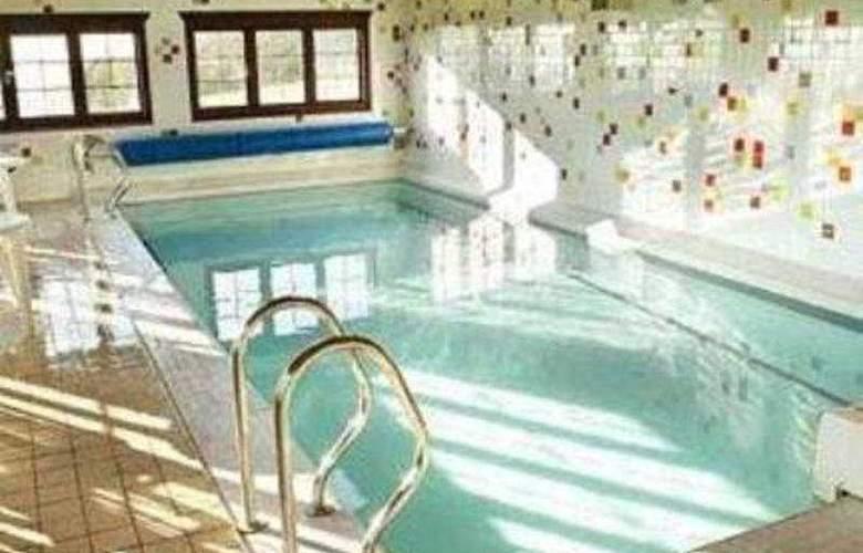 Best Western Hetland Hall - Pool - 4
