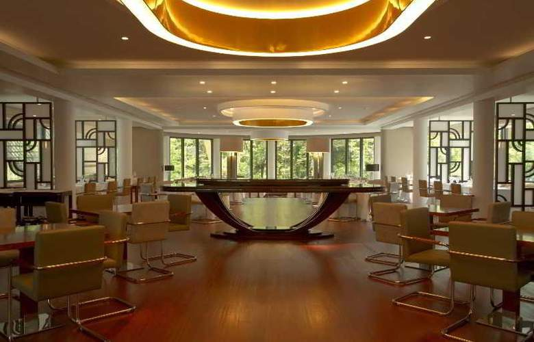Terra Nostra Garden - Restaurant - 26