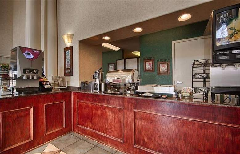 Best Western Plus Marble Falls Inn - Restaurant - 42