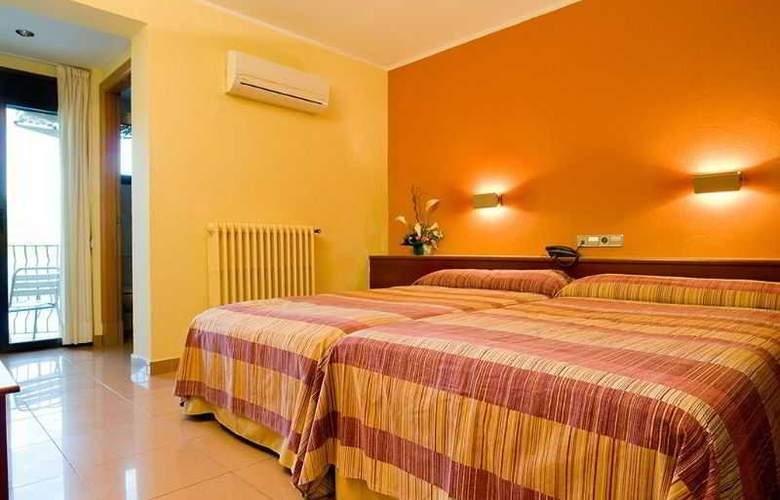 Hotel Terradets - Room - 8