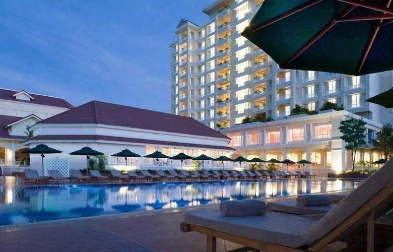 Sofitel Phnom Penh Phokeethra - Pool - 29