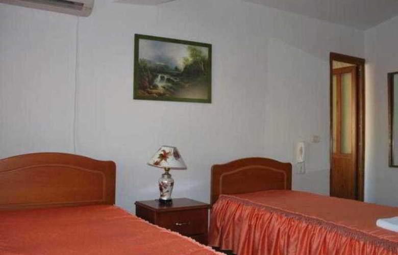 Berati Hotel - Room - 5