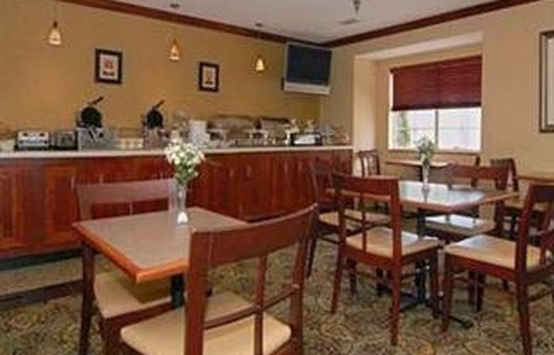 Comfort Inn & Suites Airport Dulles-Gateway - Restaurant - 2