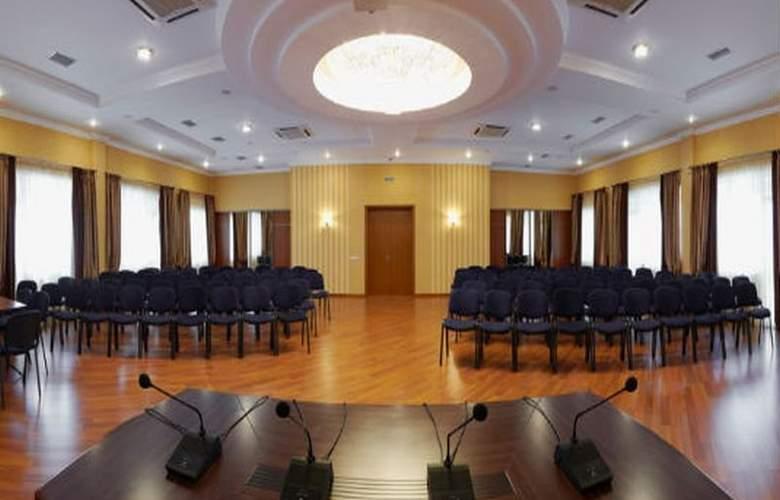Sonata - Conference - 6