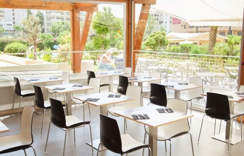 Club Amarilis - Restaurant - 12