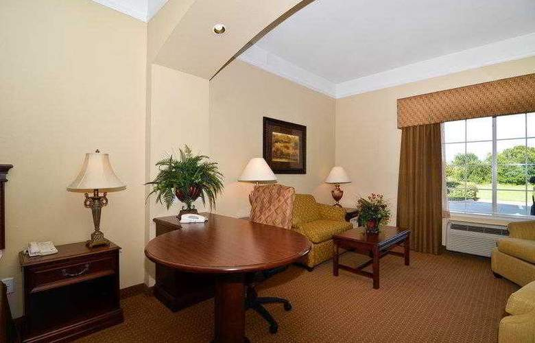 Best Western Plus Monica Royale Inn & Suites - Hotel - 62