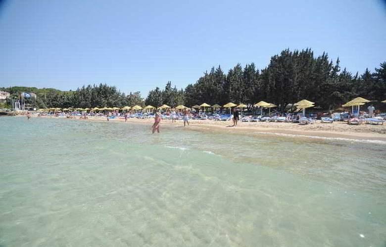 Altin Yunus Resort & Thermal Hotel - Beach - 11