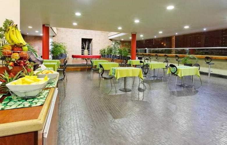 Holiday Inn Express Medellin - Hotel - 8