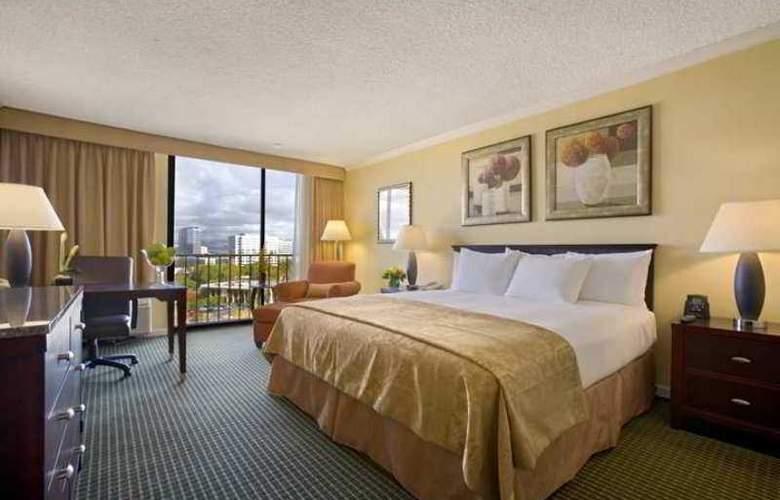 Hilton Irvine/Orange County Airport - Hotel - 1