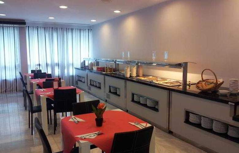 Flatotel Internacional - Restaurant - 11