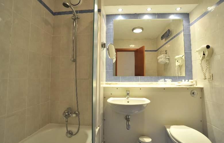 Campanile Murcia - Room - 2