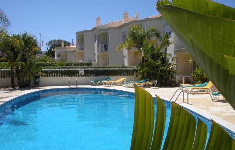 Vila Do Castelo - Pool - 8